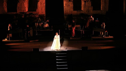 Florence and the Machine performed in Athens, Greece